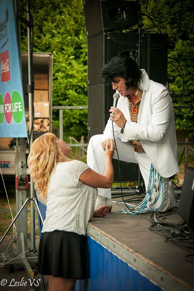 2015-07-05 Calling Elvis ft. Frank Anthony Parochierock Speelplein Denderbelle [BE] by Leslie van Steen (40)